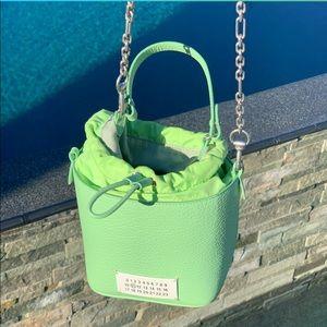 🍏 MAISON MARGIELA 🍏 Textured Leather Bucket Bag